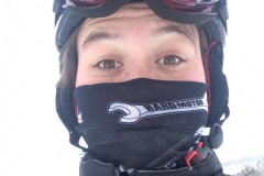 skiing-protection-from-the-cold-with-the-hard-motos-bandana-
