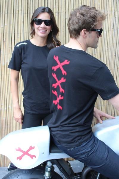 t-shirts, caps, summer gloves