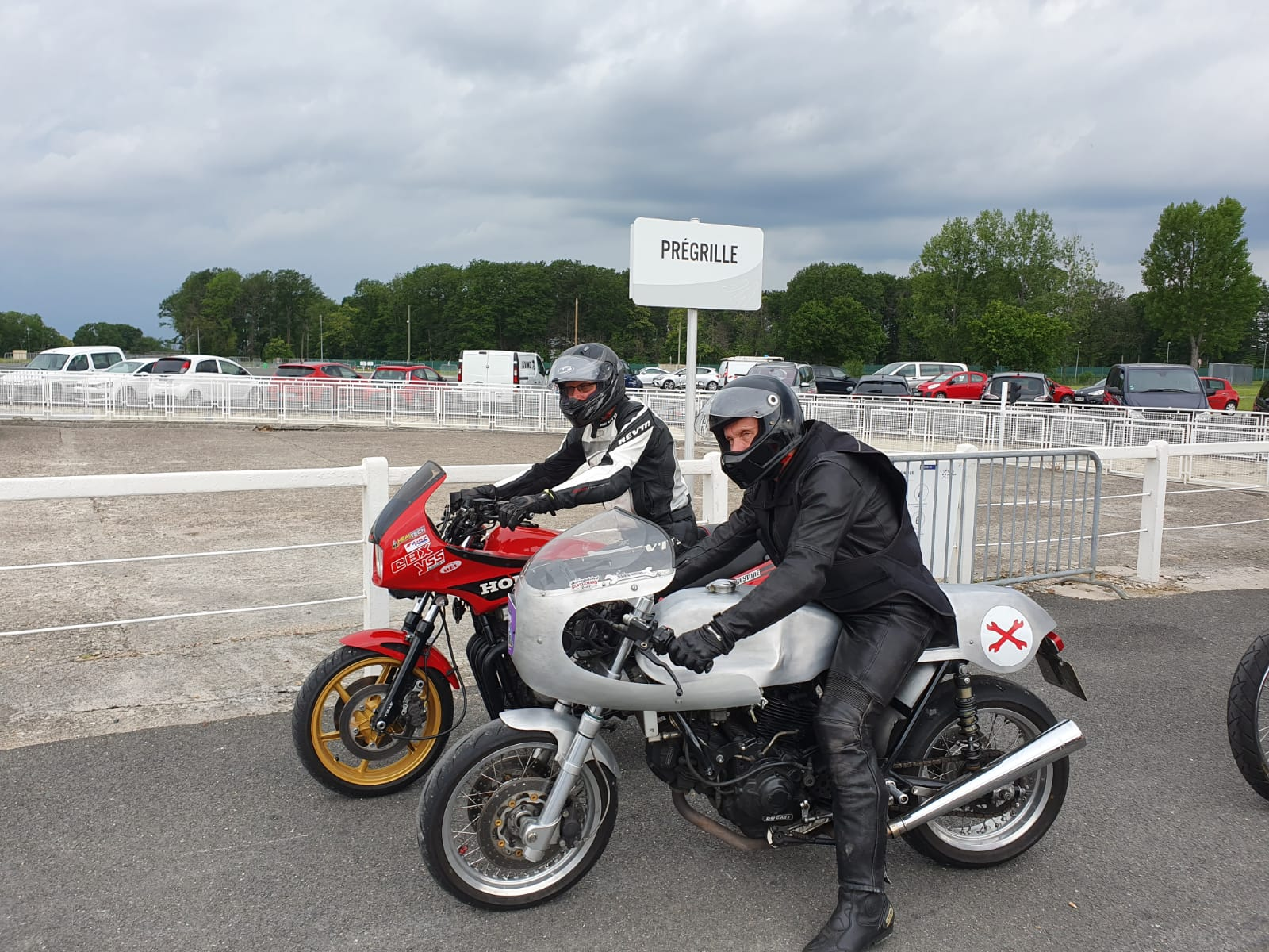 Cafe Racer Festival Montlhery in 2021 – A chance to have fun during Covid…
